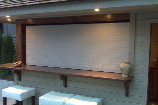 Cabana exterior closed