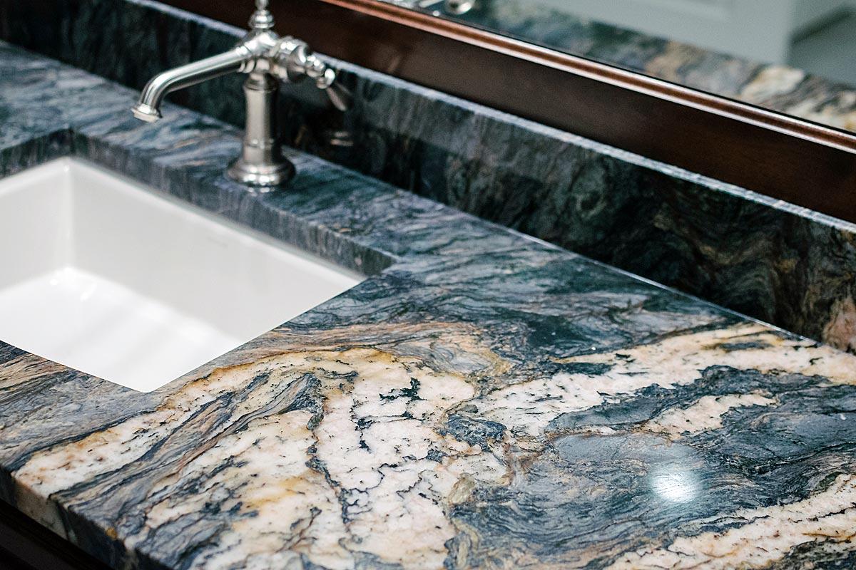 counter-surfaces-granite-1